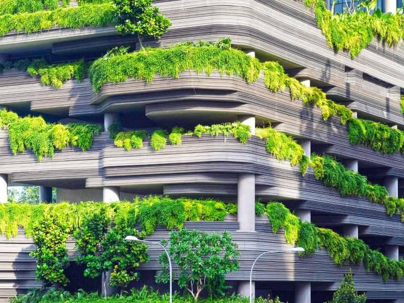 palazzo che è un esmpio di architettura sostenibile